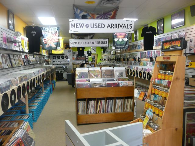 Trax on Wax | Maryland Record Store | LPs, Turntables, Buy Used