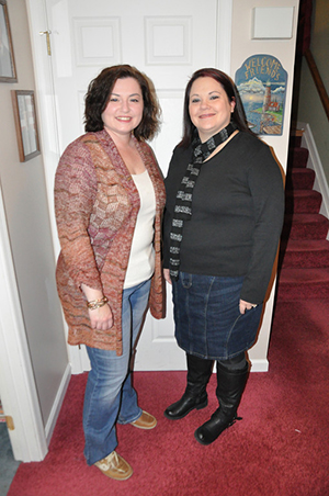 Shellie and Gina before a Justin Timberlake concert in 2013.