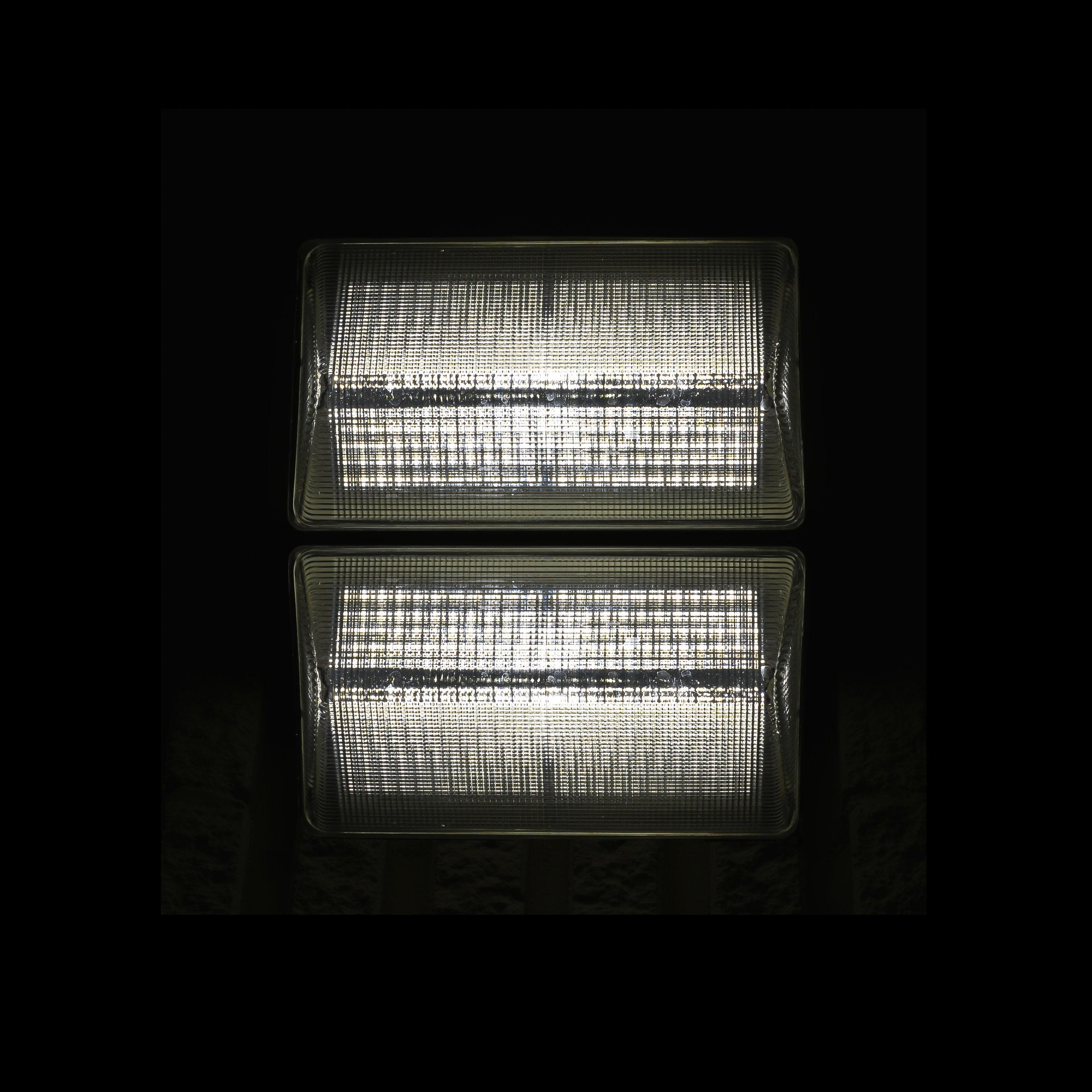 LIGHT-?-101416.jpg