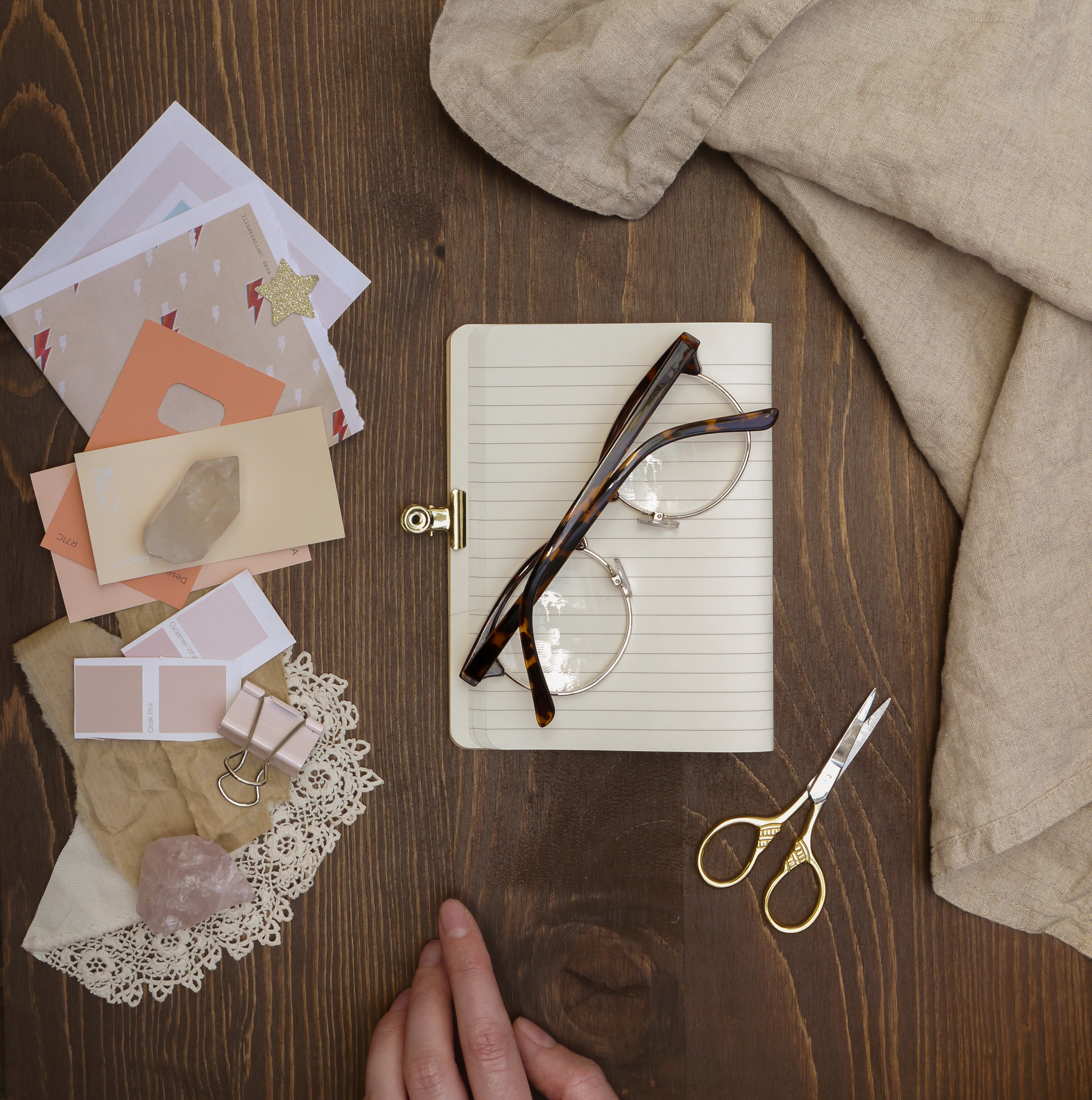 how to make a creative vision board