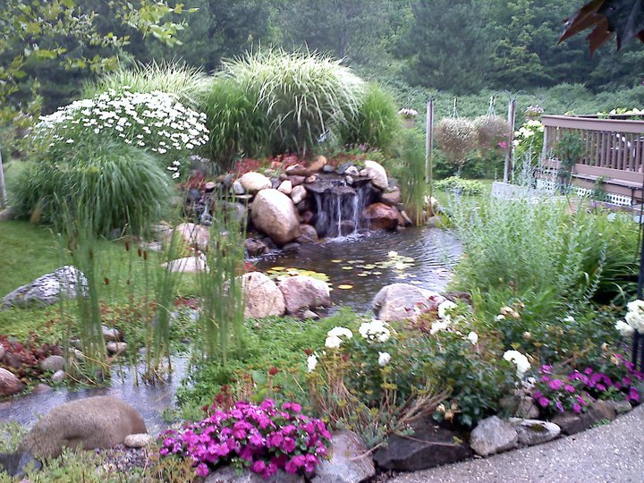 Harbor springs, mi pond design•build•supply•maintain