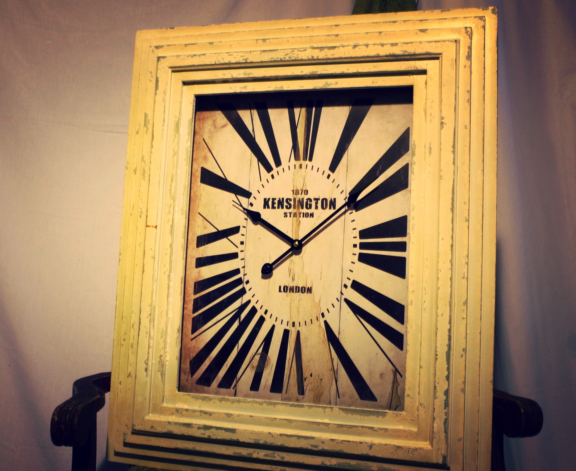 White Frame Clock