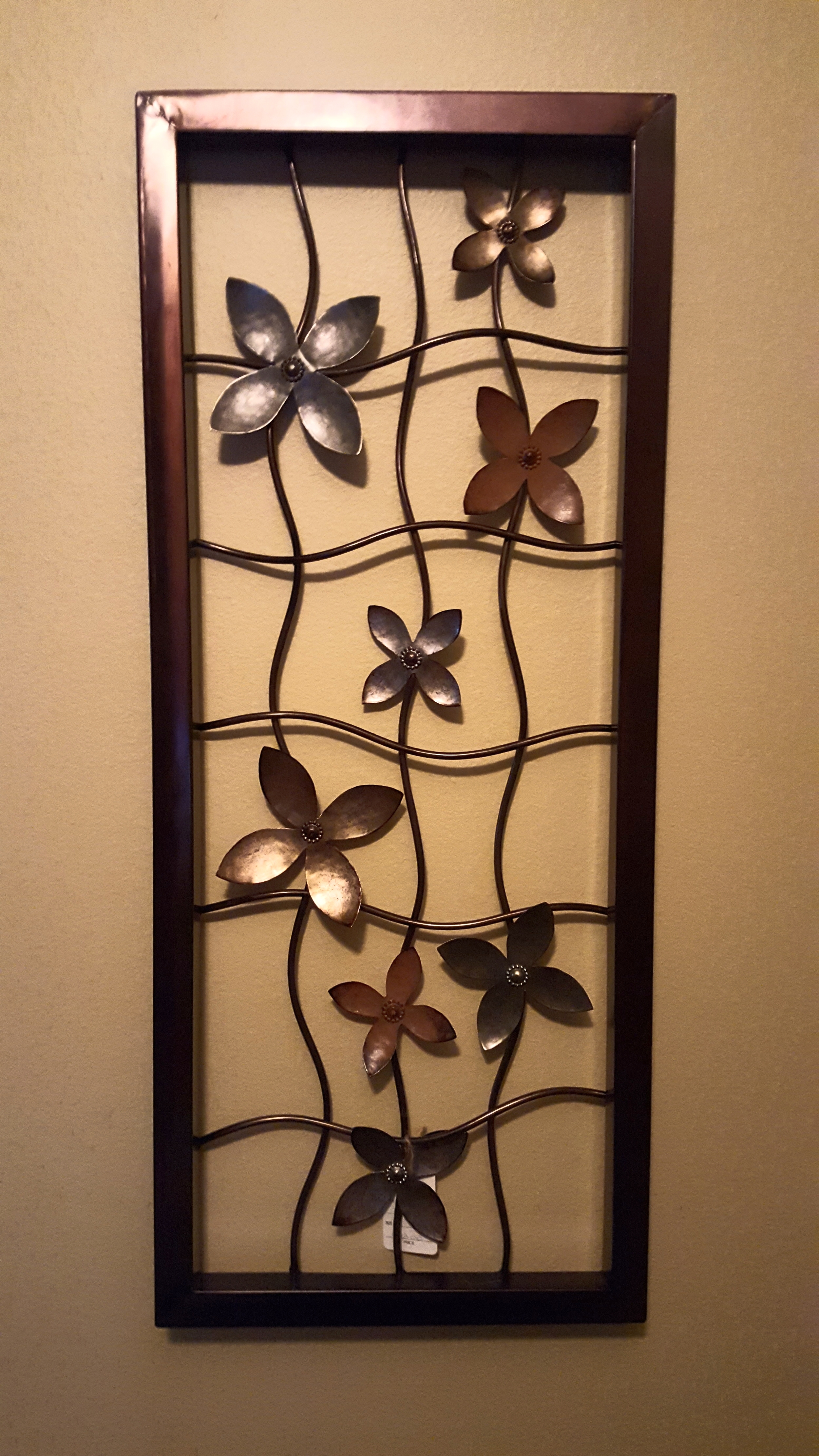 Metal Wall Art Flower Motif
