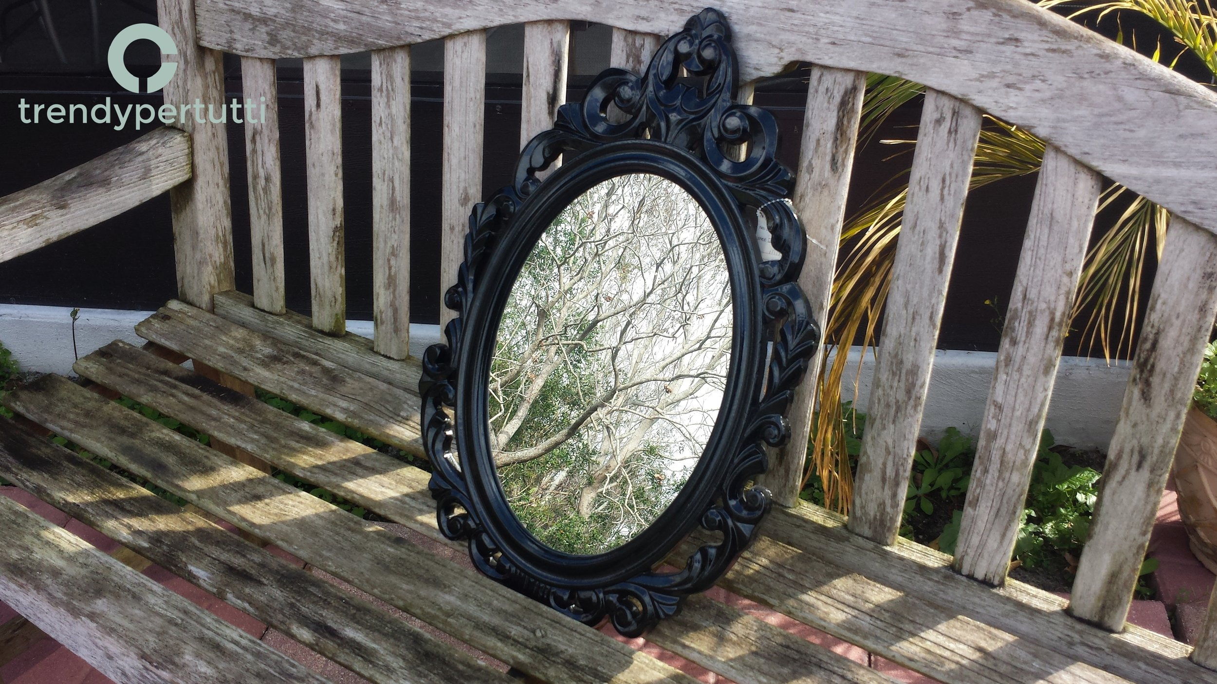 Mirror - Black baroque frame