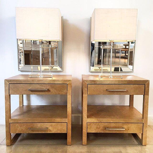 •• mesas de luz pergamino 60Lx45Px62H • lámparas rectangulares cristal macizo ••