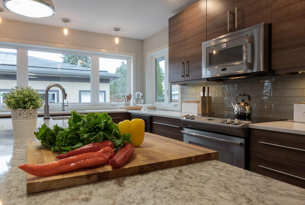 Larchdale Kitchen 1086.jpg