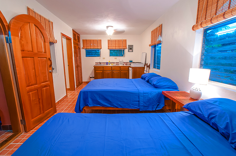 Mango Studio, luxury accommodation, beachfront, West End, Roatan, Honduras