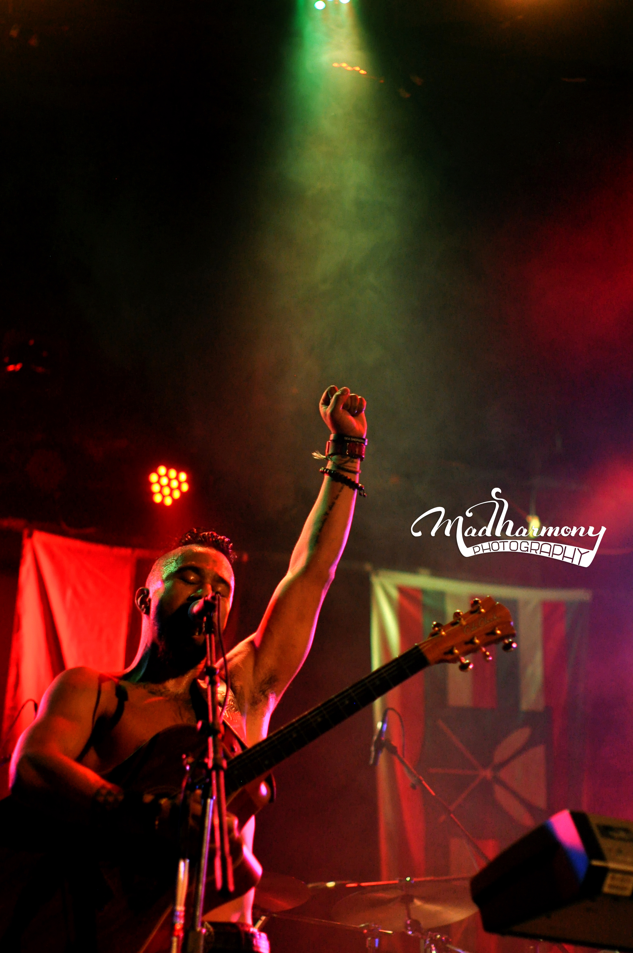 Nahko & Medicine For The People / 12.11.14 / The Catalyst Club