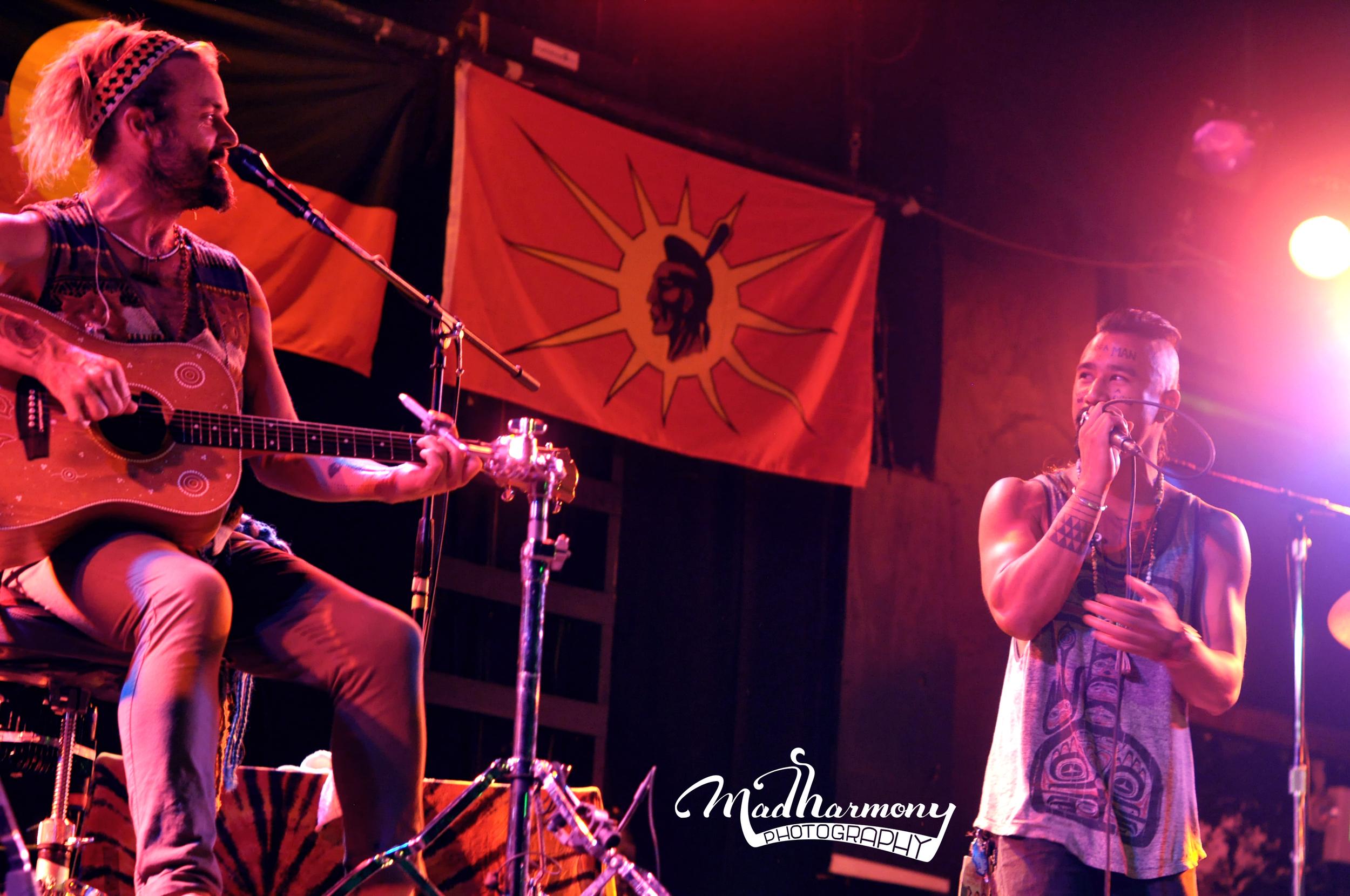 Xavier Rudd + Nahko Bear / 08.02.13 / The Catalyst Club