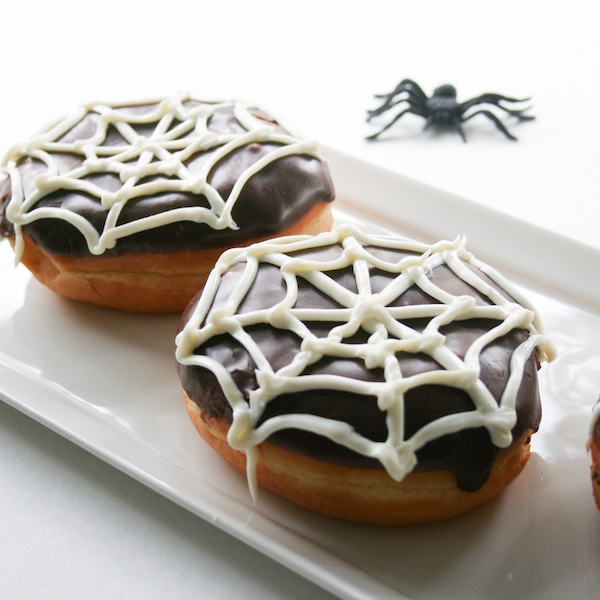 Spiderweb-Donuts-13-Nights-of-Donuts-Legal-Miss-Sunshine-9-of-27-copy.jpg