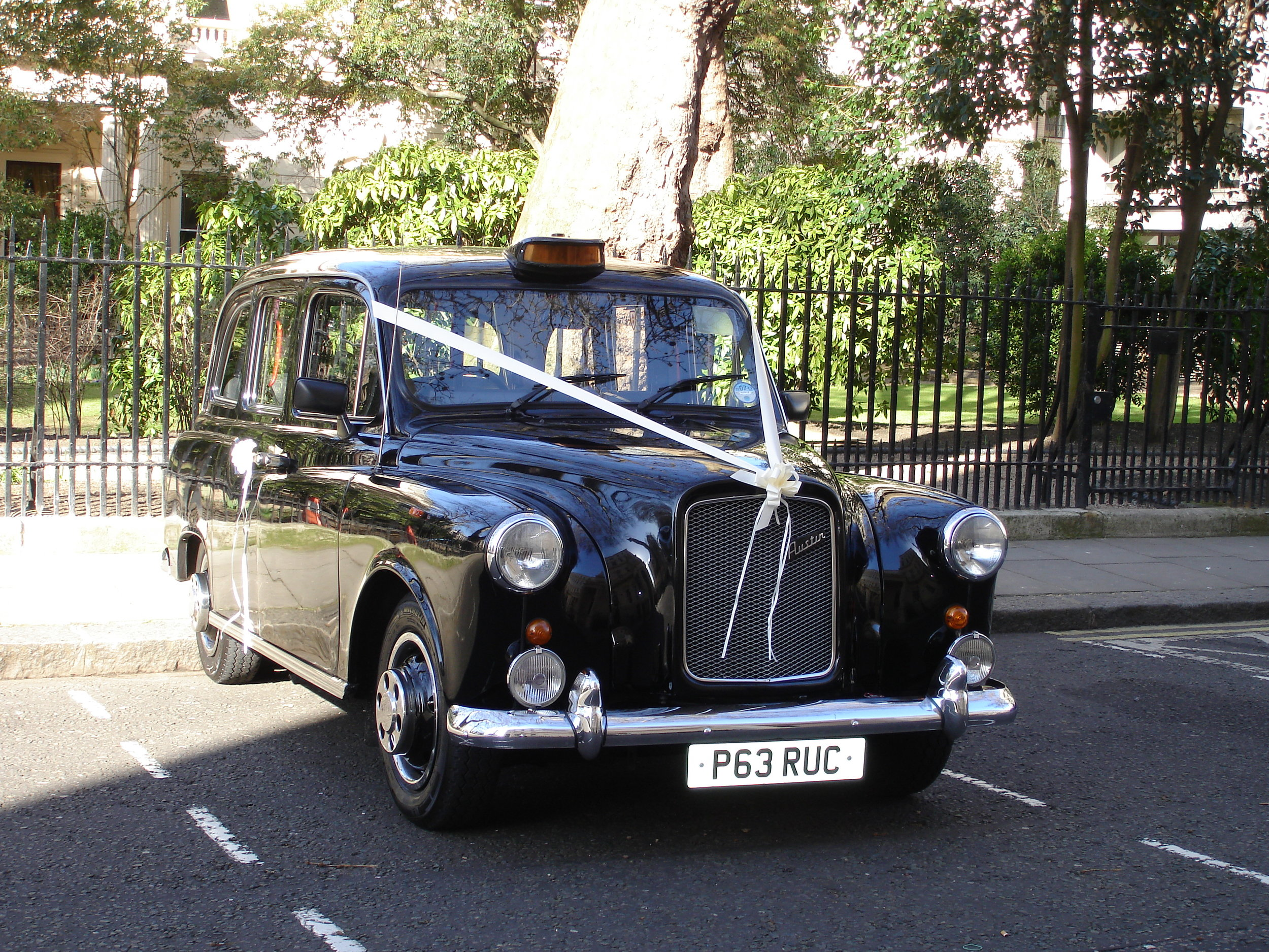 Old Style London Taxi Wedding Hire