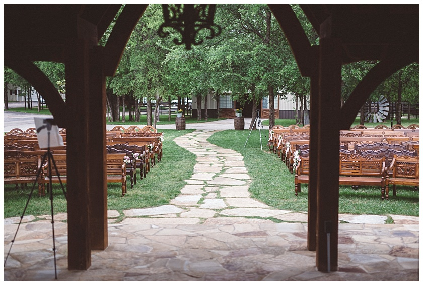 classic_oaks_ranch_wedding (48).jpg