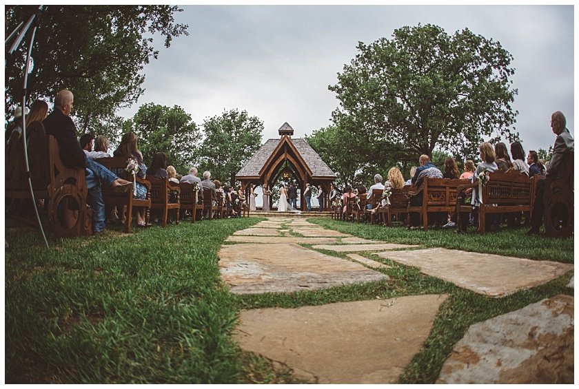 classic_oaks_ranch_wedding (107).jpg