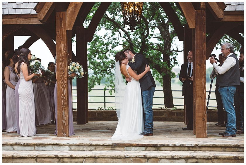 classic_oaks_ranch_wedding (118).jpg