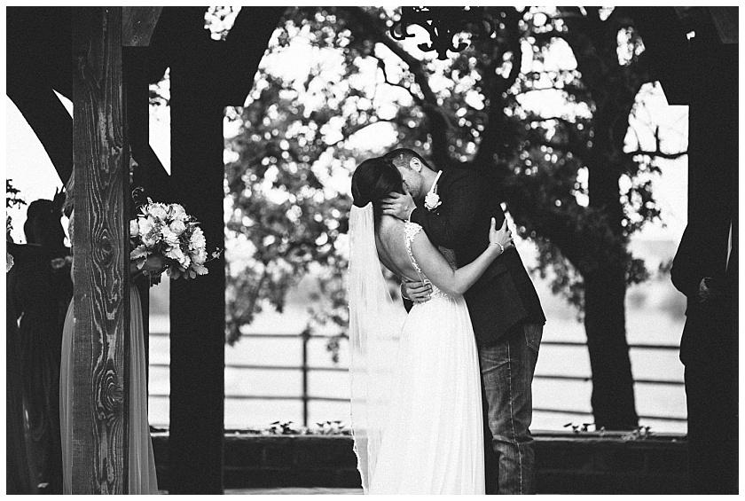 classic_oaks_ranch_wedding (120).jpg