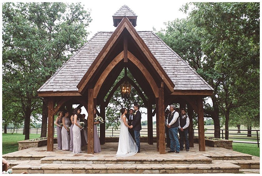 classic_oaks_ranch_wedding (123).jpg