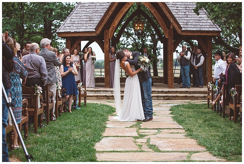 classic_oaks_ranch_wedding (131).jpg