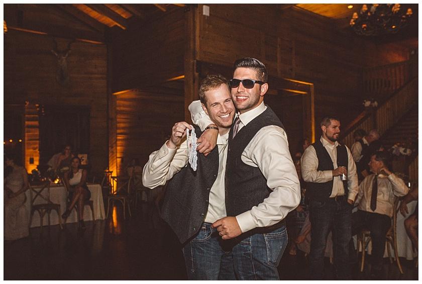 classic_oaks_ranch_wedding (214).jpg