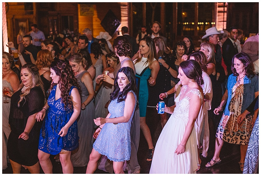 classic_oaks_ranch_wedding (217).jpg
