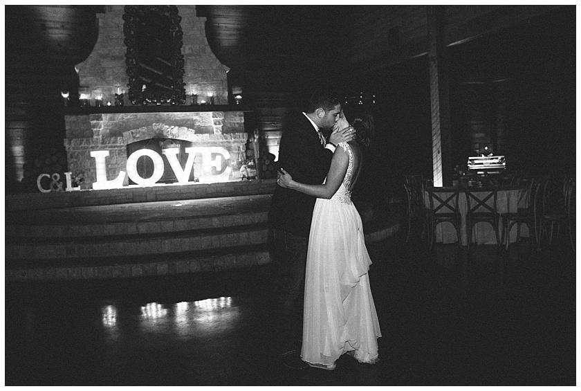 classic_oaks_ranch_wedding (242).jpg