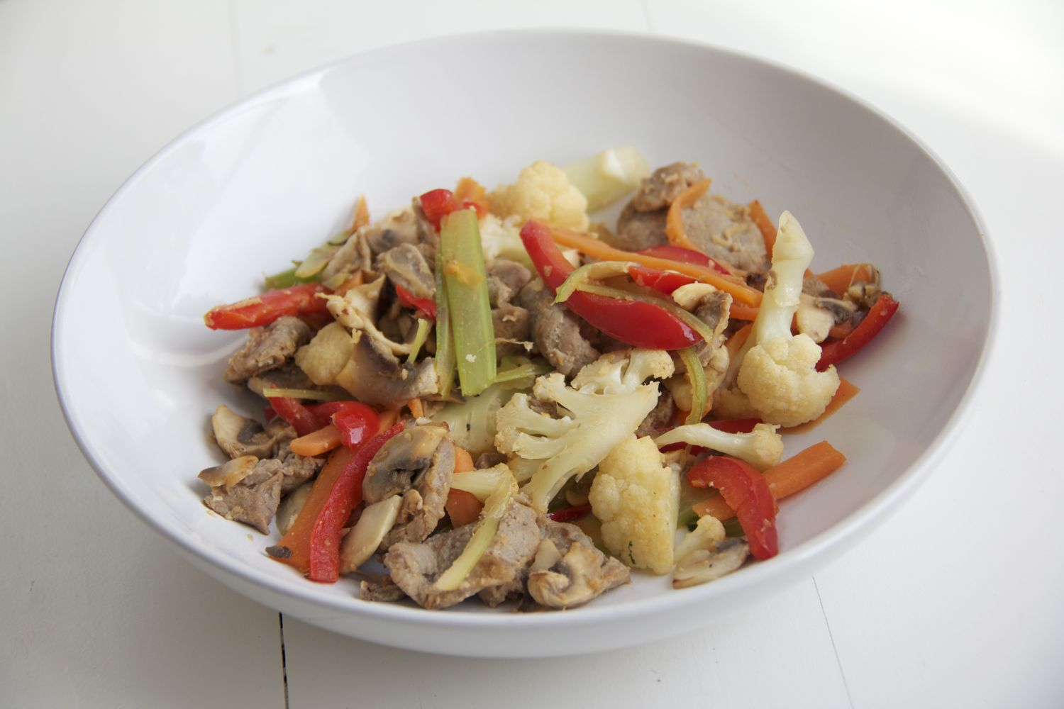 Recipe for one - Stirfry with pork fillet, ginger, garlic and lemon