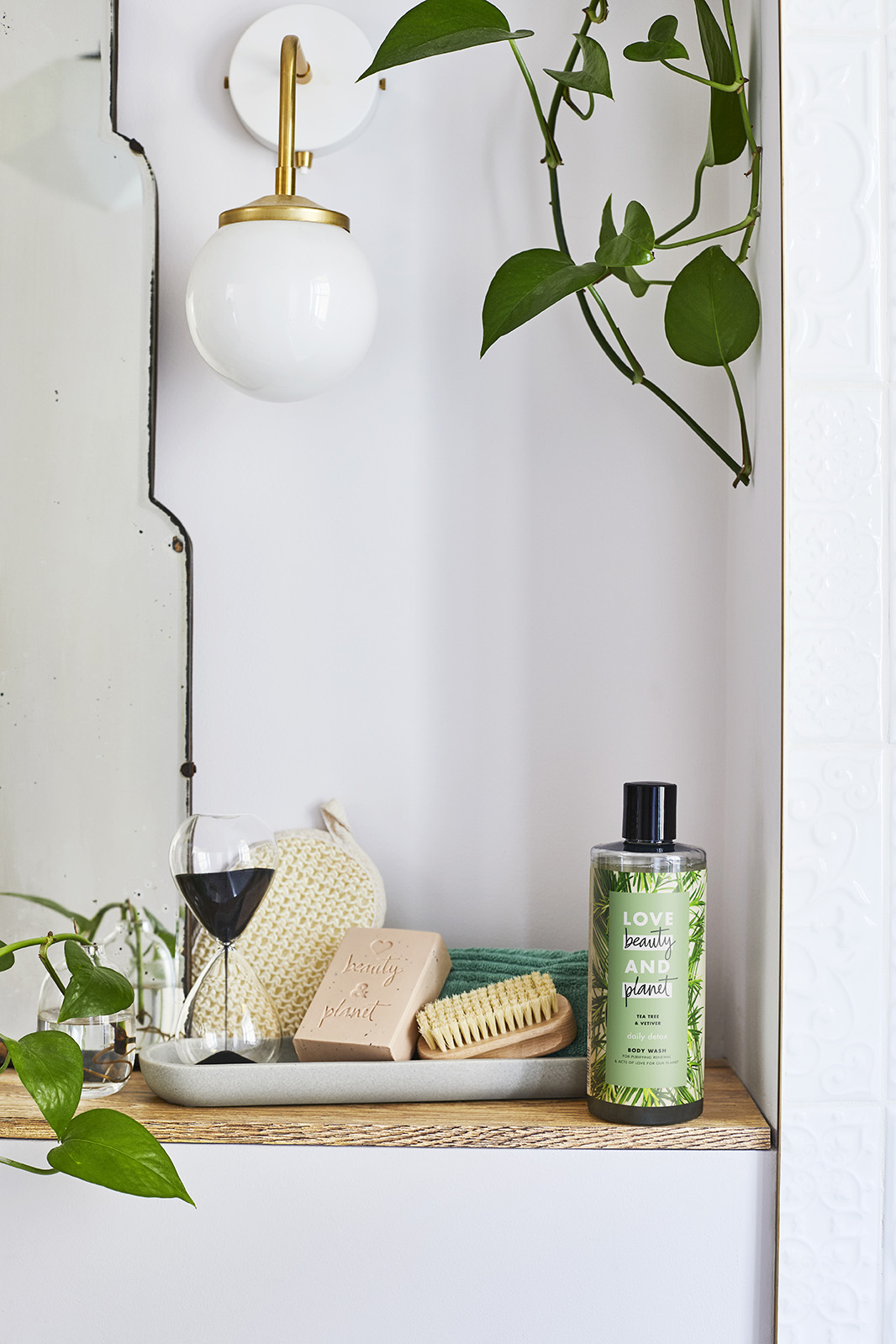 Natural beauty bathroom styling