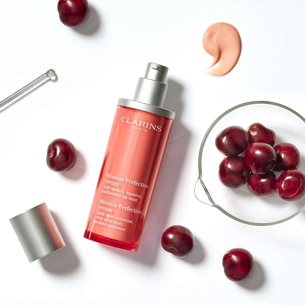Beauty-styling-Serum-cherries-clarins-prop-stylist-lauren-becker.jpg