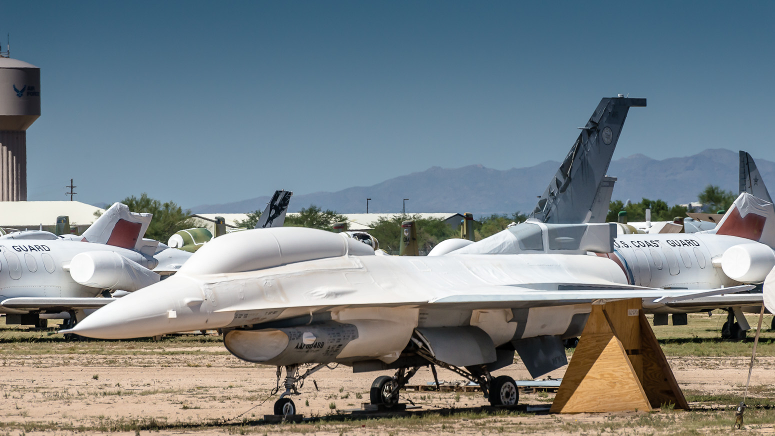 F-16, The Boneyard, Davis-Monthan Air Force Base, Tucson, USA