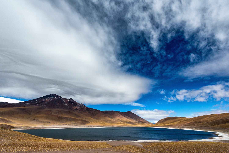 Laguna Miniques, Altiplano, Chile