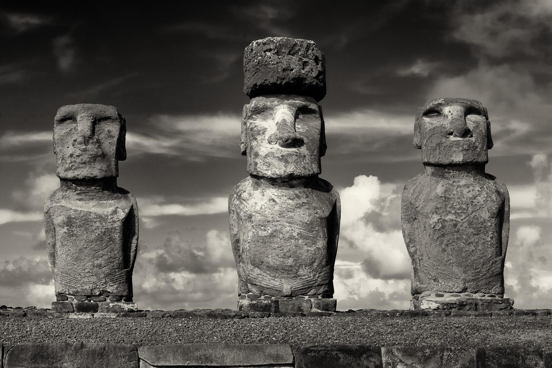 3 MOAI, Tongariki, Easter Island, Chile