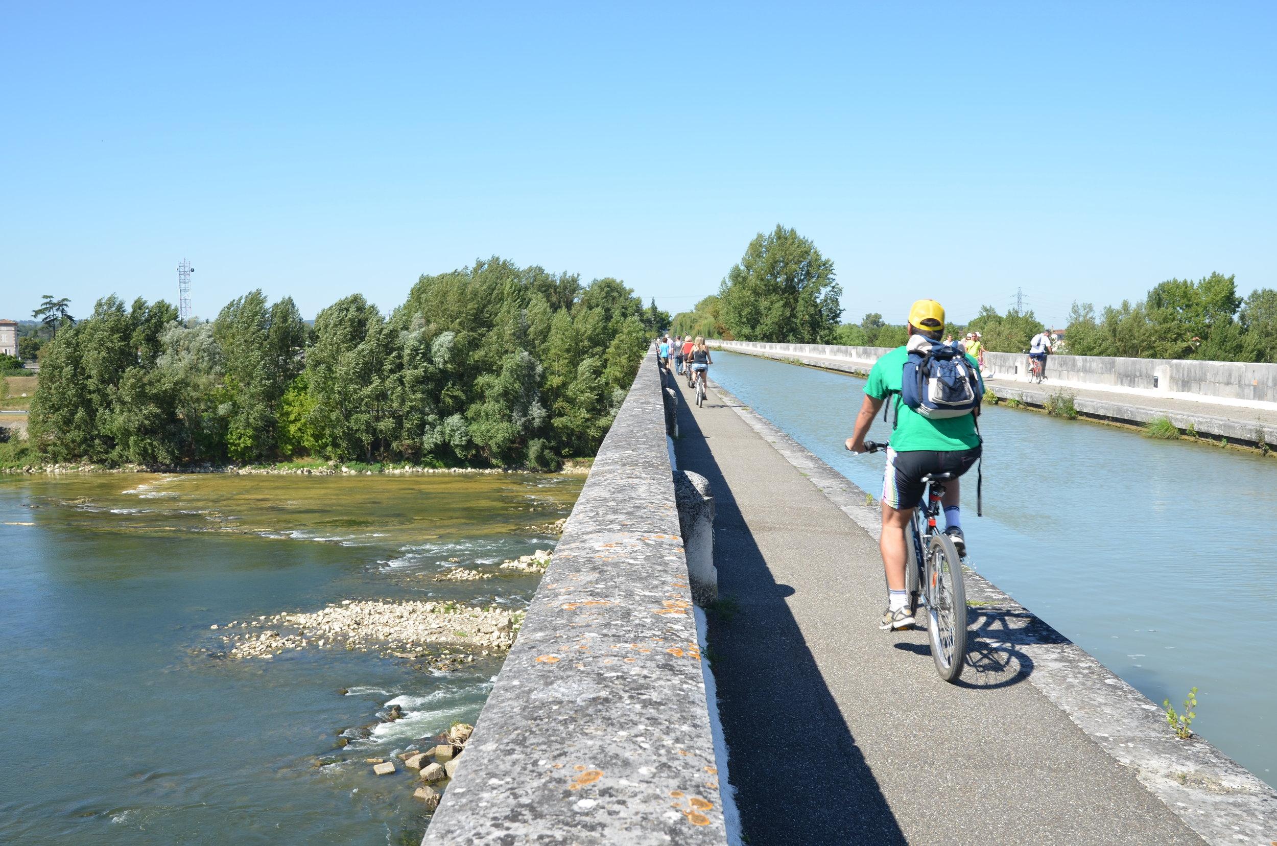 agen, kanalbron över Garonne ©CDT47