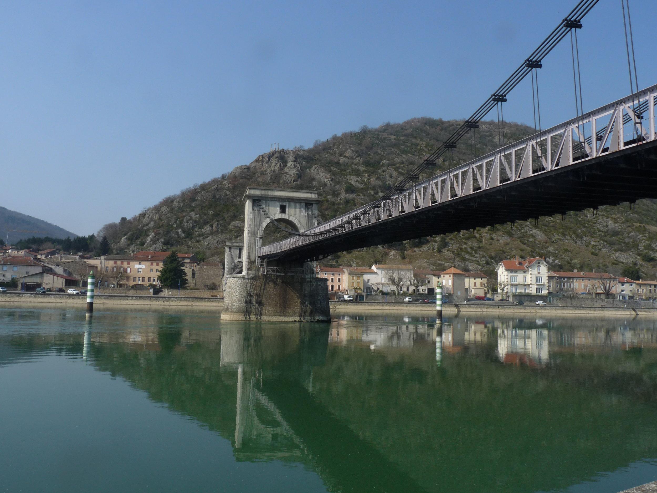 hängbron i Tournon från 1826