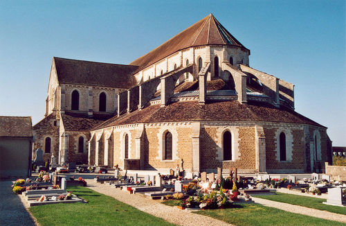 pontigny, klostret. foto p. giraud.