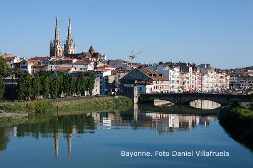 Bayonne-Centre_historique-20130811+foto+Daniel+Villafruela.jpg