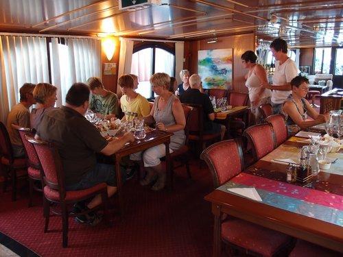 middag ombord.
