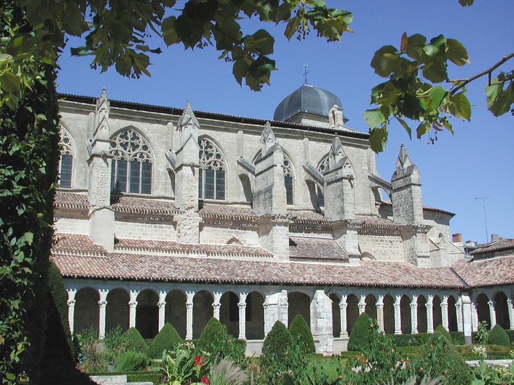 klostret i marmande foto cdt 47