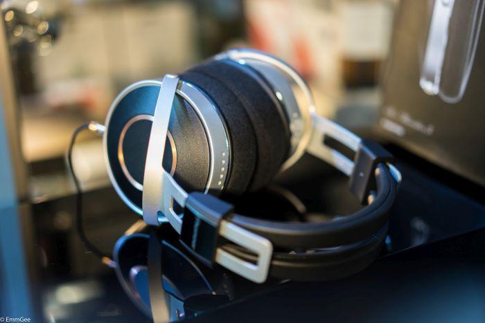 Pioneer headphones with Chromey (2 of 16).jpg
