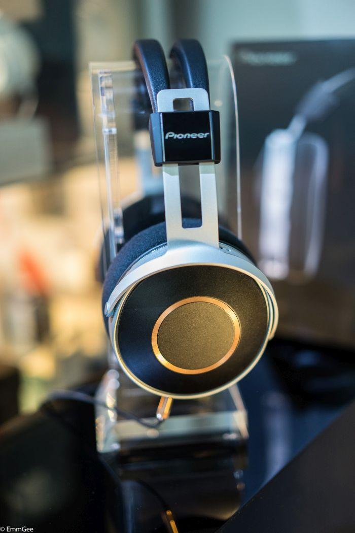 Pioneer headphones with Chromey (15 of 16).jpg