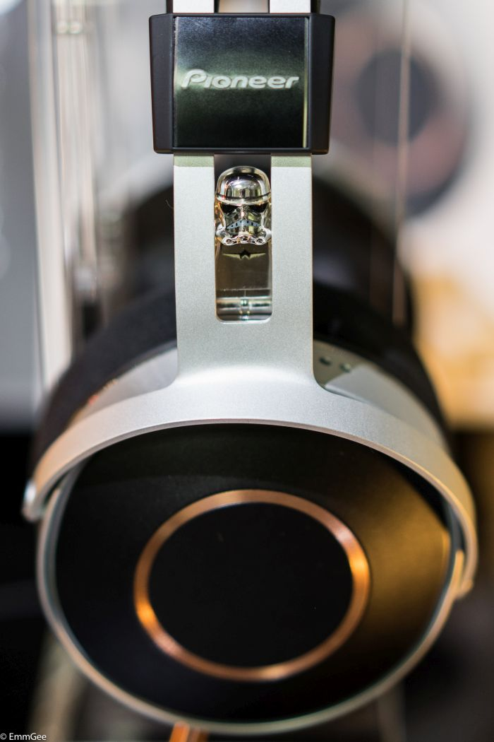 Pioneer headphones with Chromey (16 of 16).jpg