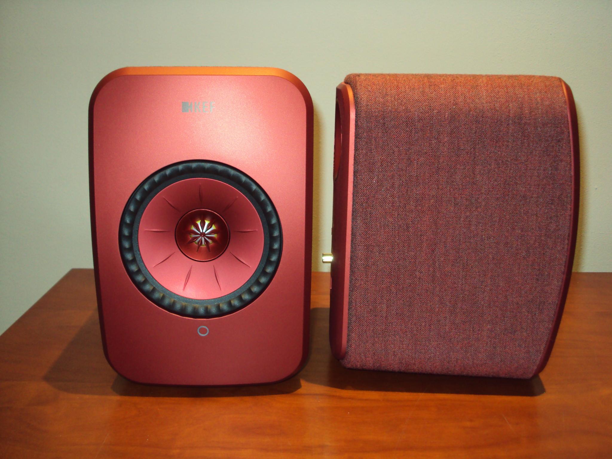 KEF LSX Red