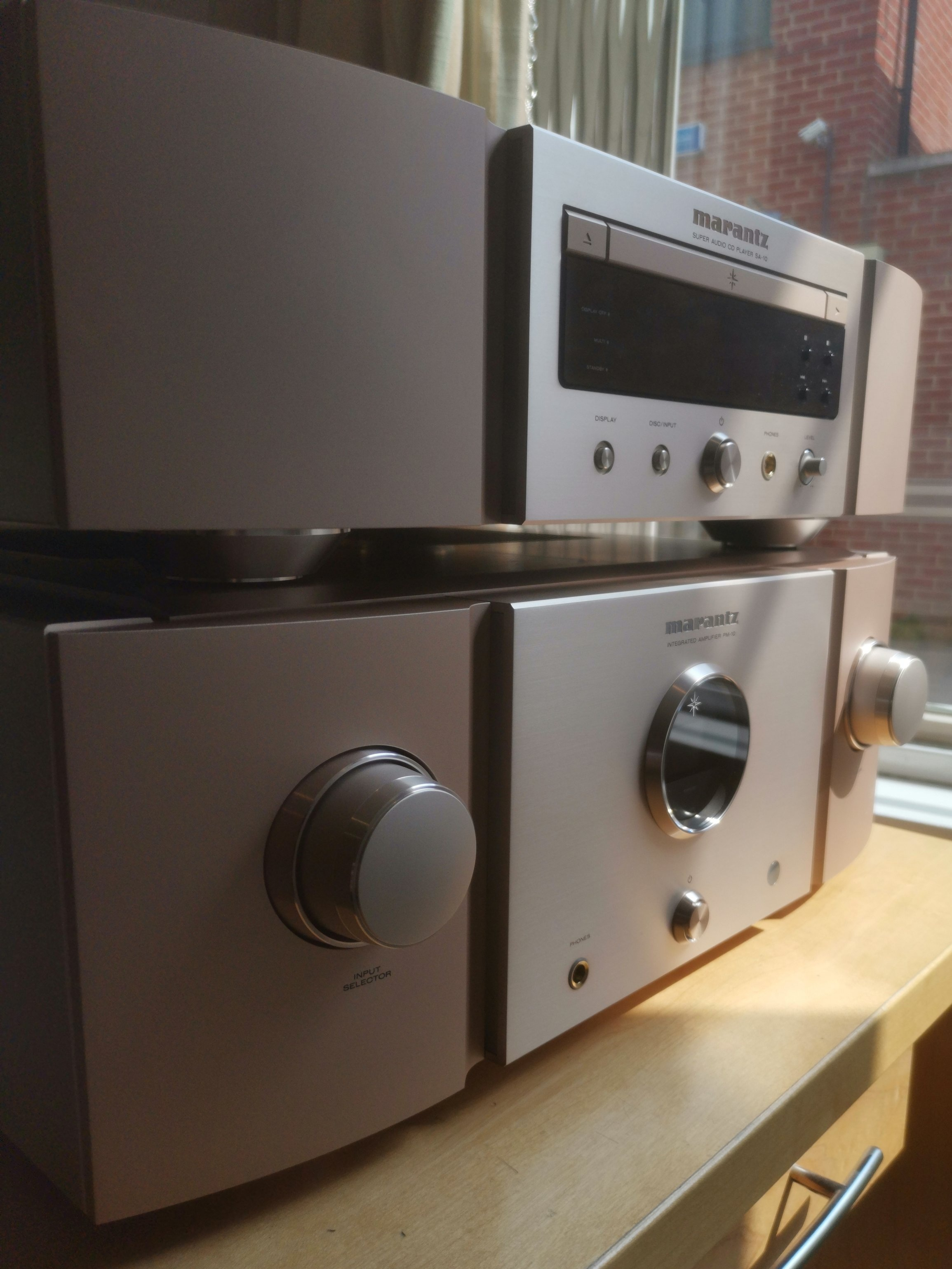 Marantz+side.jpg