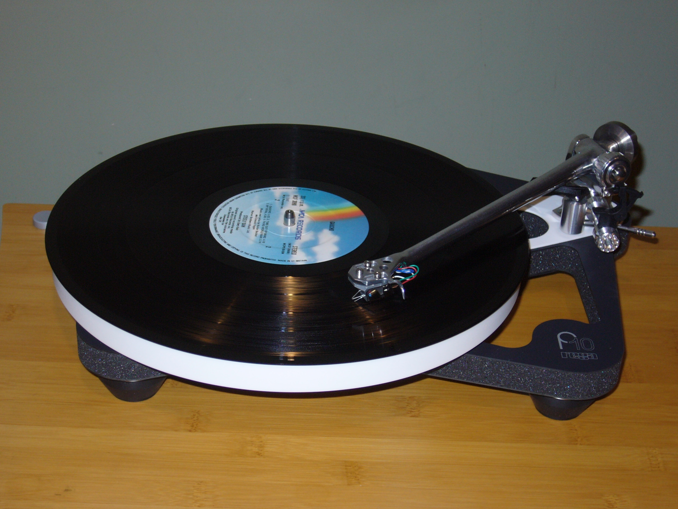 Rega Planar 10  with Apheta 3 cartridge