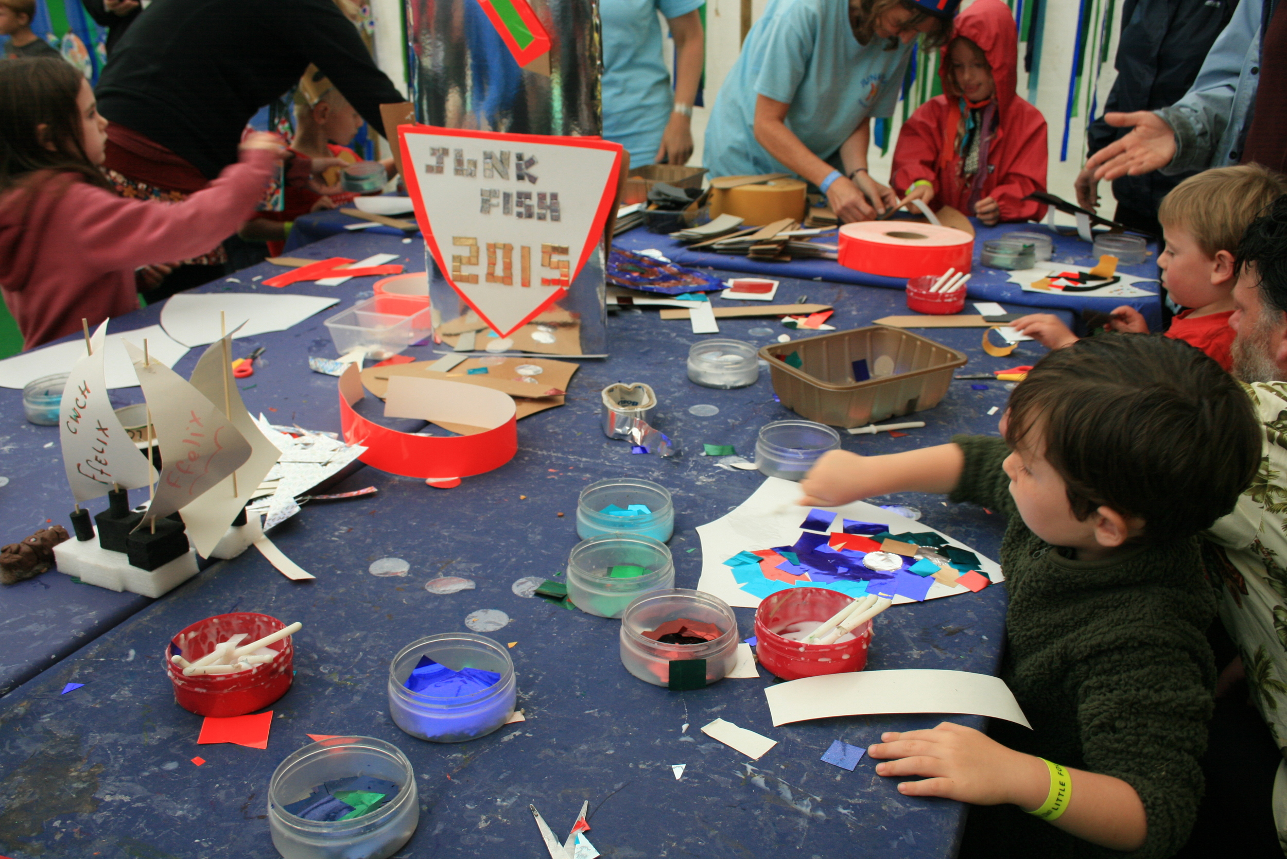 The activities in The Young Folks field were excellent. We made the most of the free craft activities to get out of the rain.