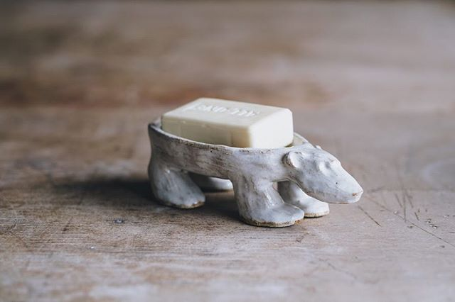 Another great eco-conscious  soap dish from @whiteheadcaroline.  Photo @arturrummel