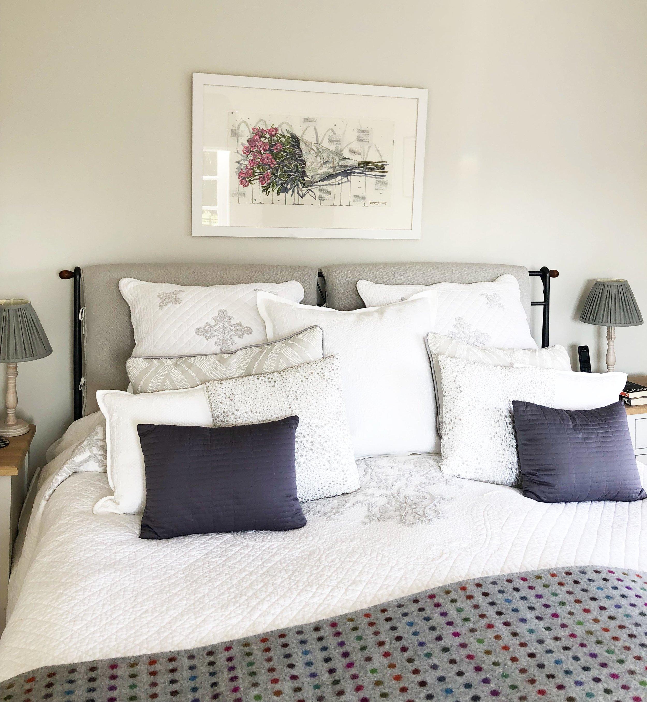 Kirsten_Jones_Art_Henley_on Thames_Henley_ flowers_home.jpg
