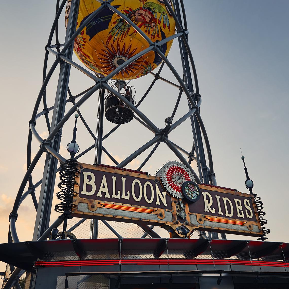Parakeet Pete's<br>Steampunk Balloon<br><span>Branson Landing<br>Branson, MO</span>