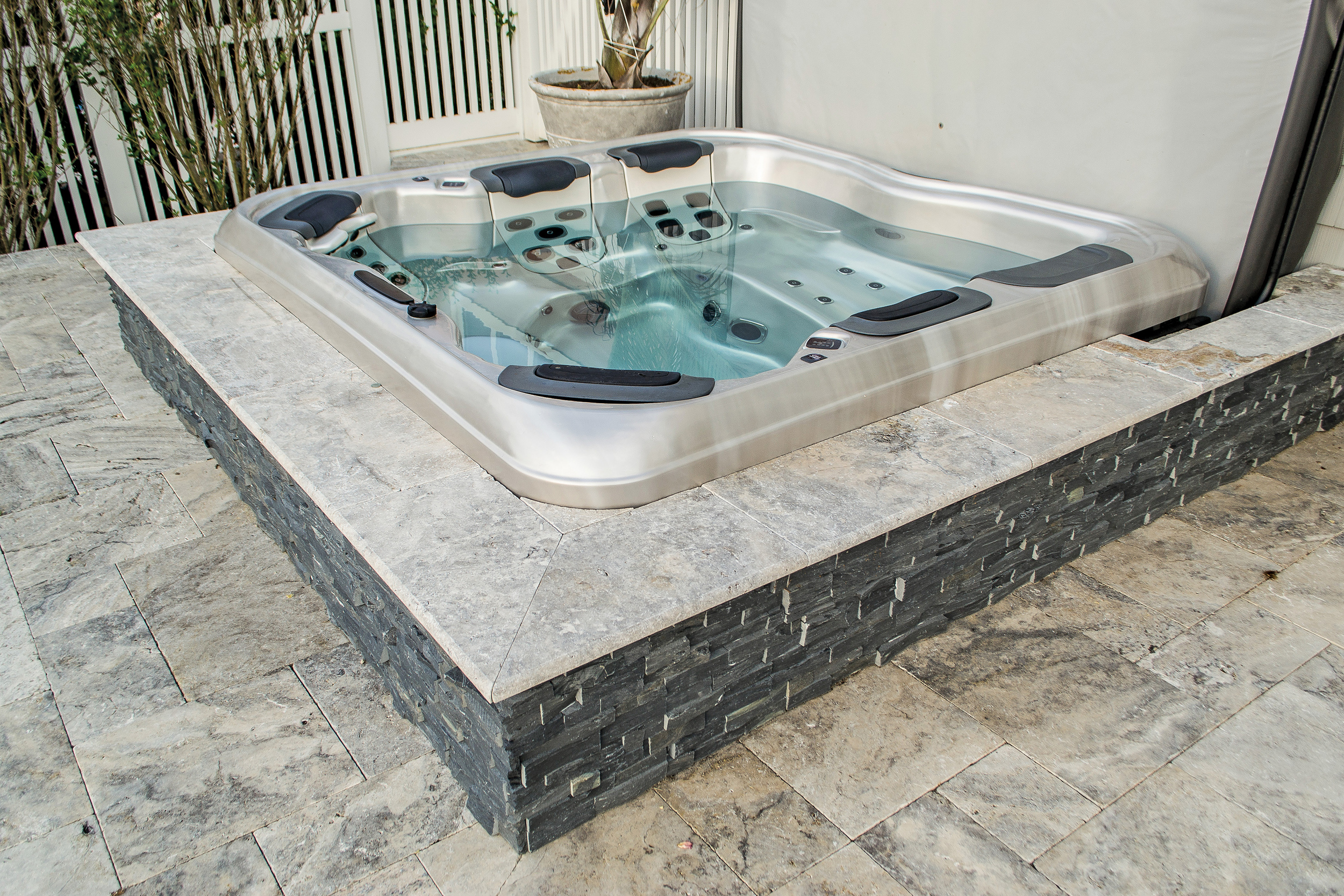 Deck & Patio  -  Silver , Portable Spa