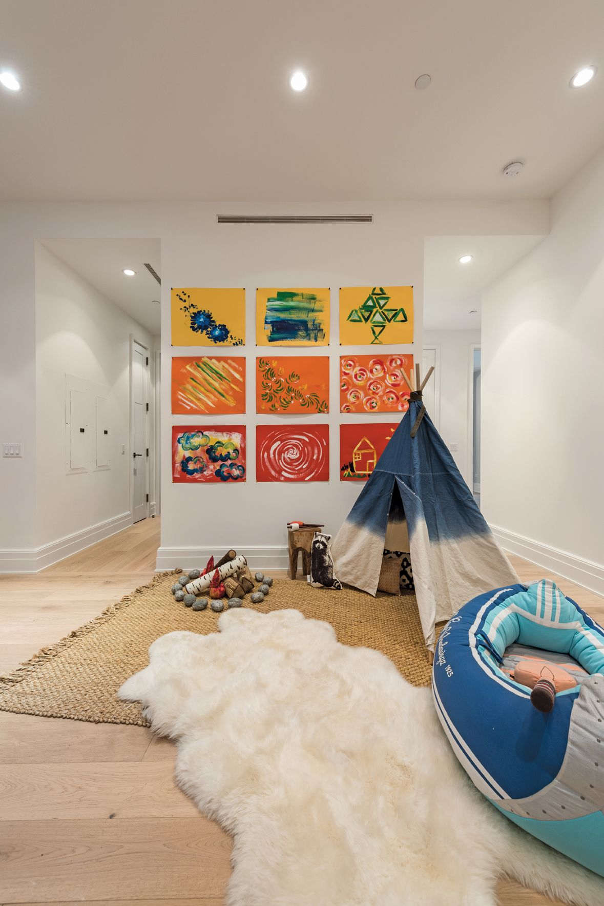 This room brings the outdoors inside for the NYC kid, harnessing different textures and bold colors to bring out the fun and adventure for the up-and-coming city dweller.