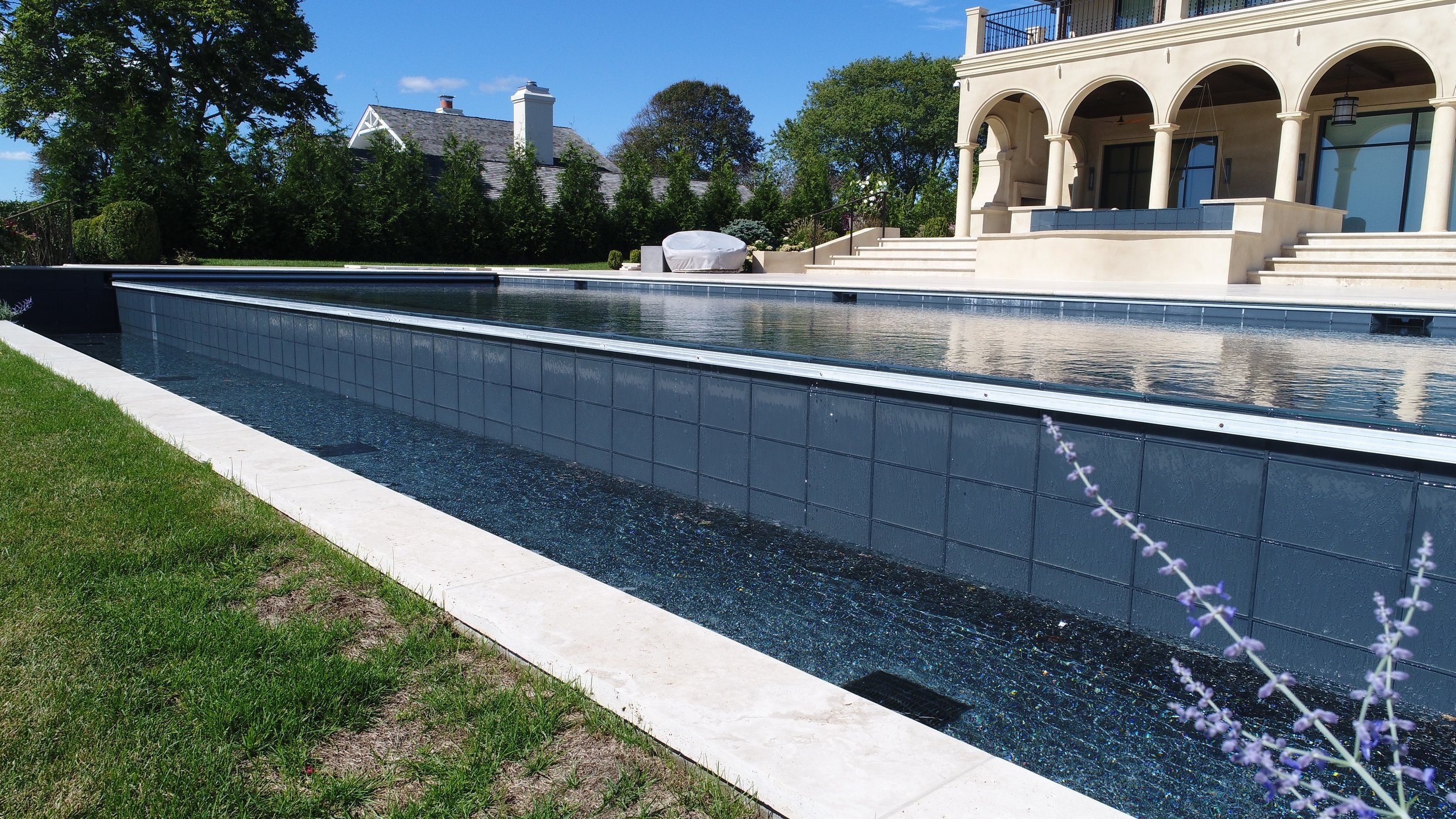 Cat16 Water Feature Silver Pelican Pools.jpg