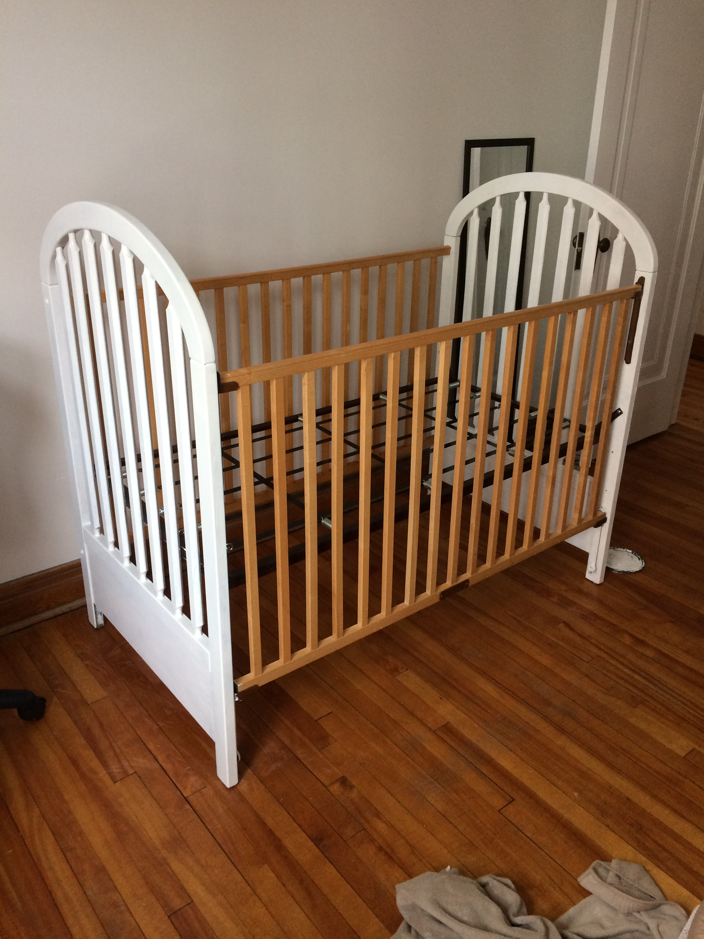 Baby room: Crib after
